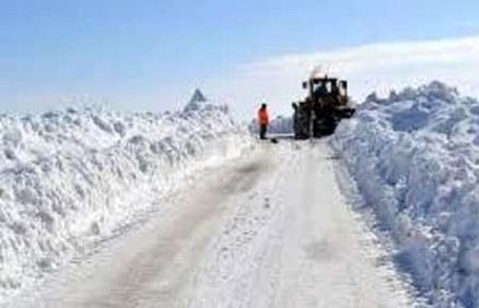 راه 734 روستای آذربایجان غربی همچنان مسدود است