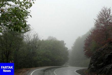 بارش باران و مهگرفتگی برخی محورهای کشور