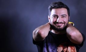 کنایه داریوش ارجمند به تبلیغات بازی کردن نوید محمدزاده