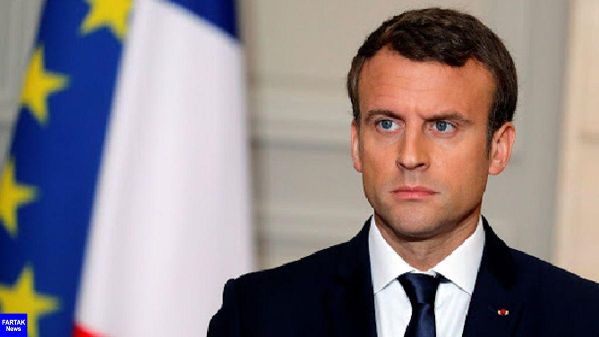 رئیس جمهوری فرانسه که در اقدامی تامل برانگیز امروز پنجشنبه وارد بیروت شد
