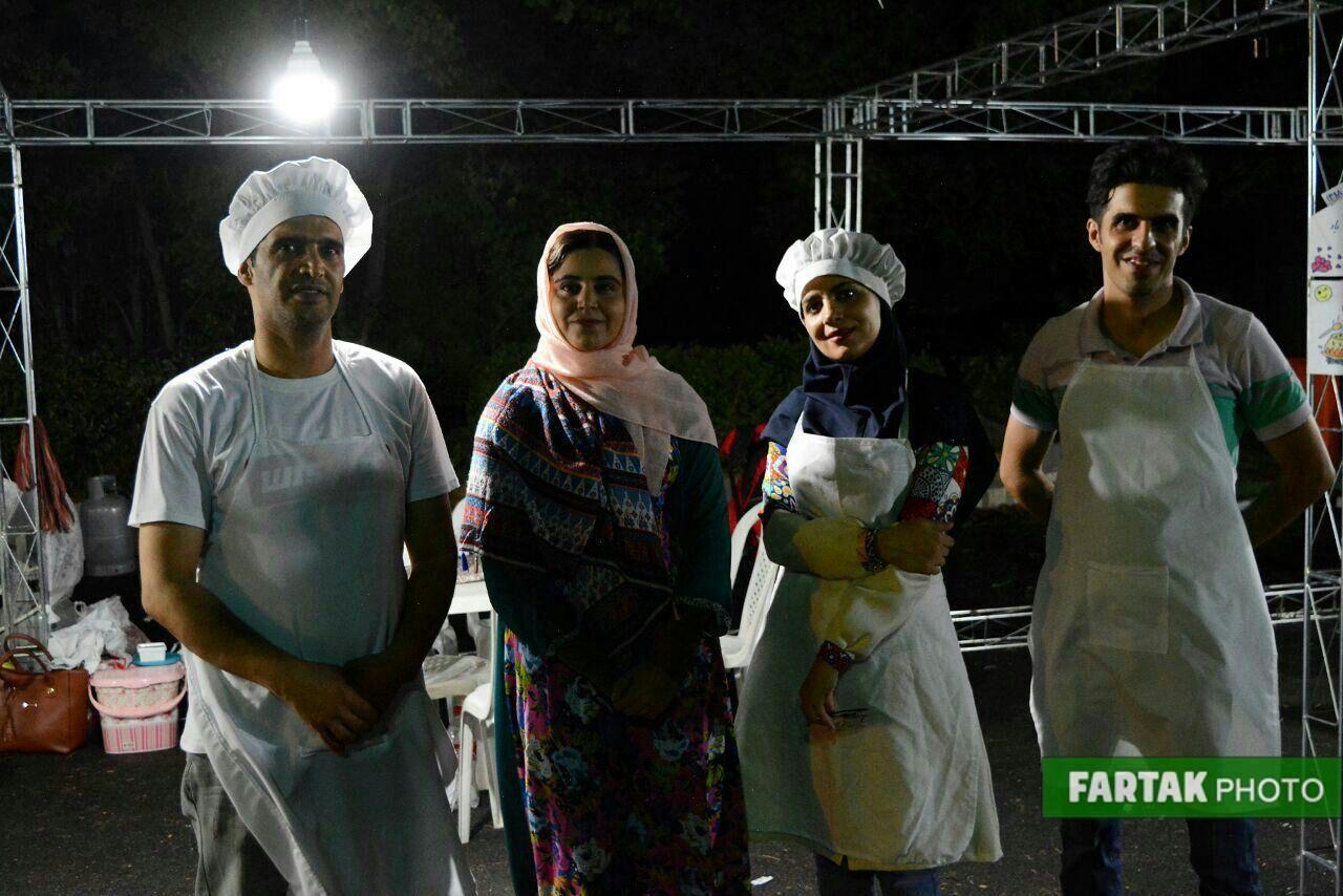 برپایی جشنواره گردشگری خوراک کرمانشاهی و شبهای نیلوفری در شهر بازی