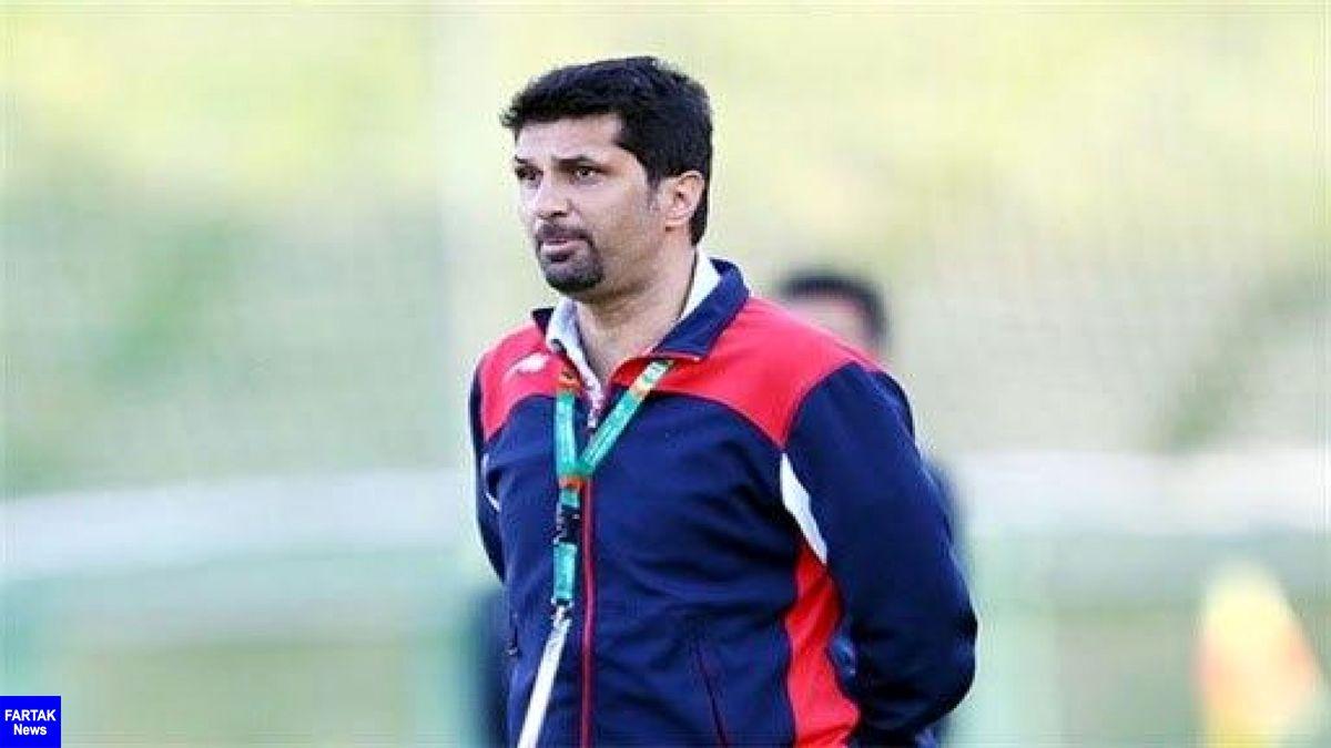 حسینی: با بهترین تیم ایران باید بازی کنیم