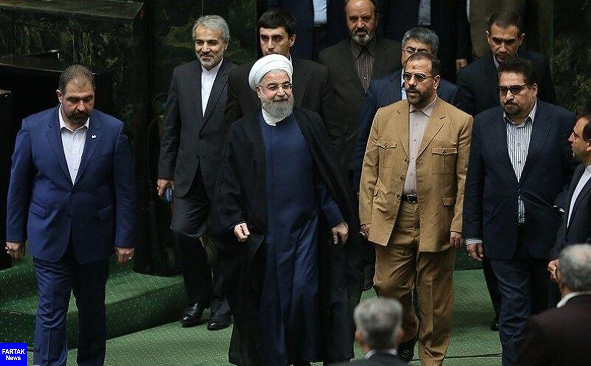 رییس جمهوری برای تقدیم لایحه بودجه ۹۹ در مجلس حاضر شد