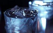 تاثیرات بد نوشیدن آب یخ بر بدن