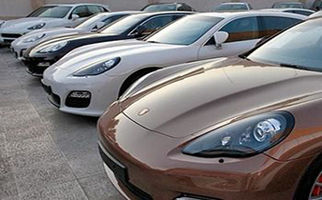 واردات غیر قانونی چند هزار خودروی لوکس به کشور+فیلم