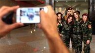 سلفی دختران کرد قبل از نبرد با داعش