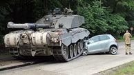 نجات معجزه آسای یک راننده از حمله تانک در بلاروس+ فیلم