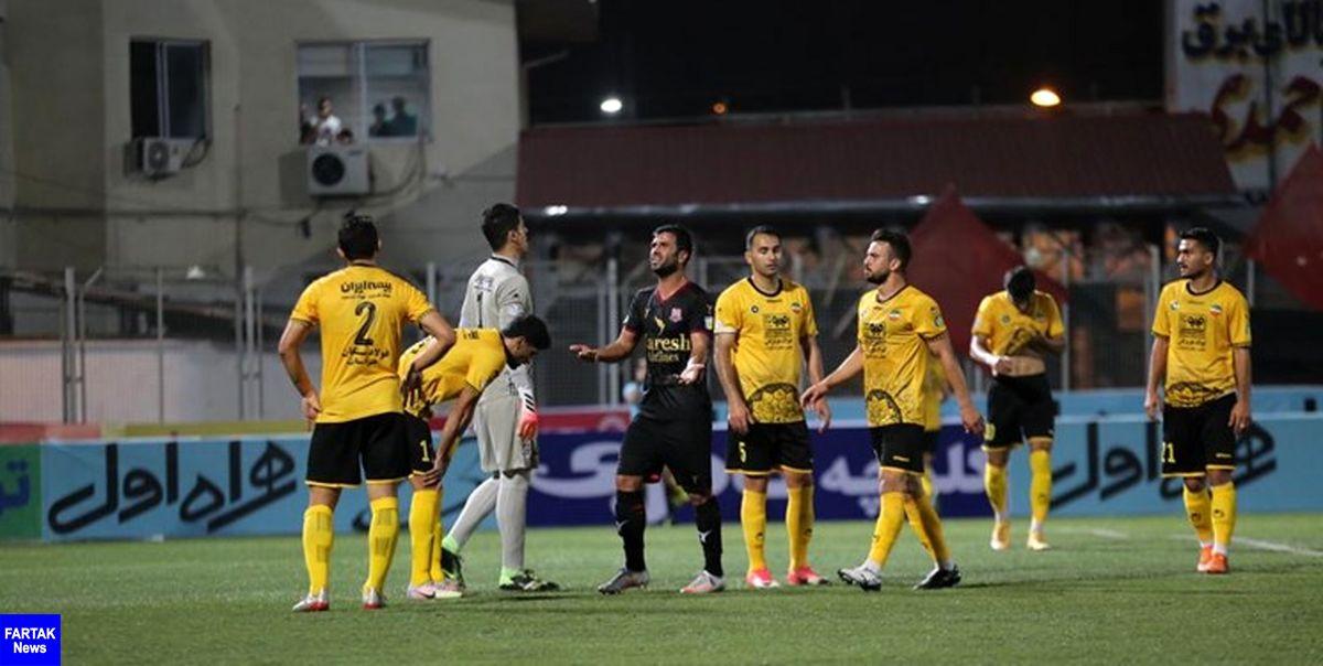 توضیحات پزشک سپاهان در مورد وضعیت بدنی بازیکنان/ مصلح علائم کرونا دارد