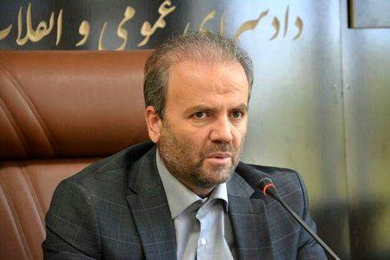 واکنش دادستان کرمانشاه نسبت به نحوه فروش کتاب توسط دختران در سطح شهر