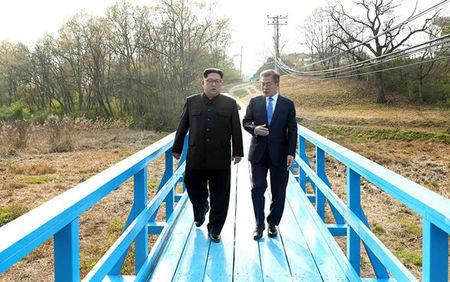 مذاکرات دو کره پس از رزمایش آمریکا–کرهجنوبی از سر گرفته میشود
