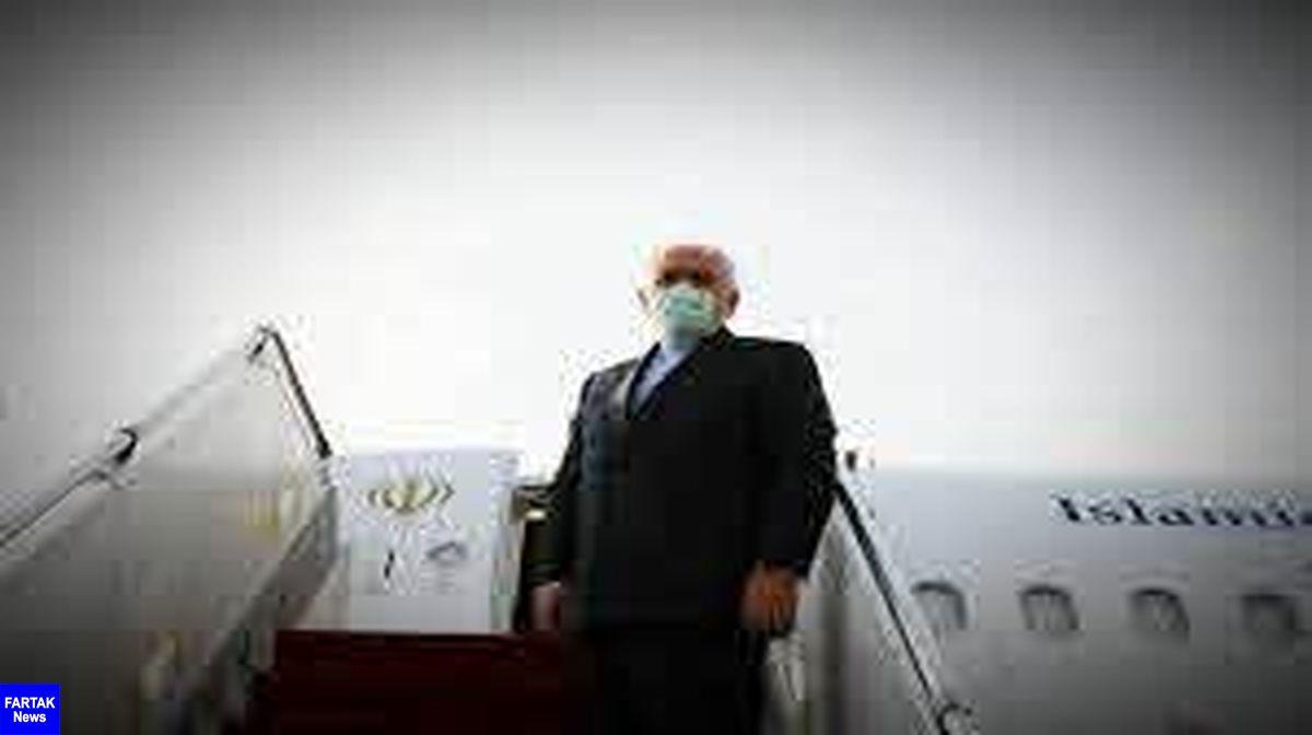 ظریف در راس یک هیات سیاسی-اقتصادی وارد پاکستان شد