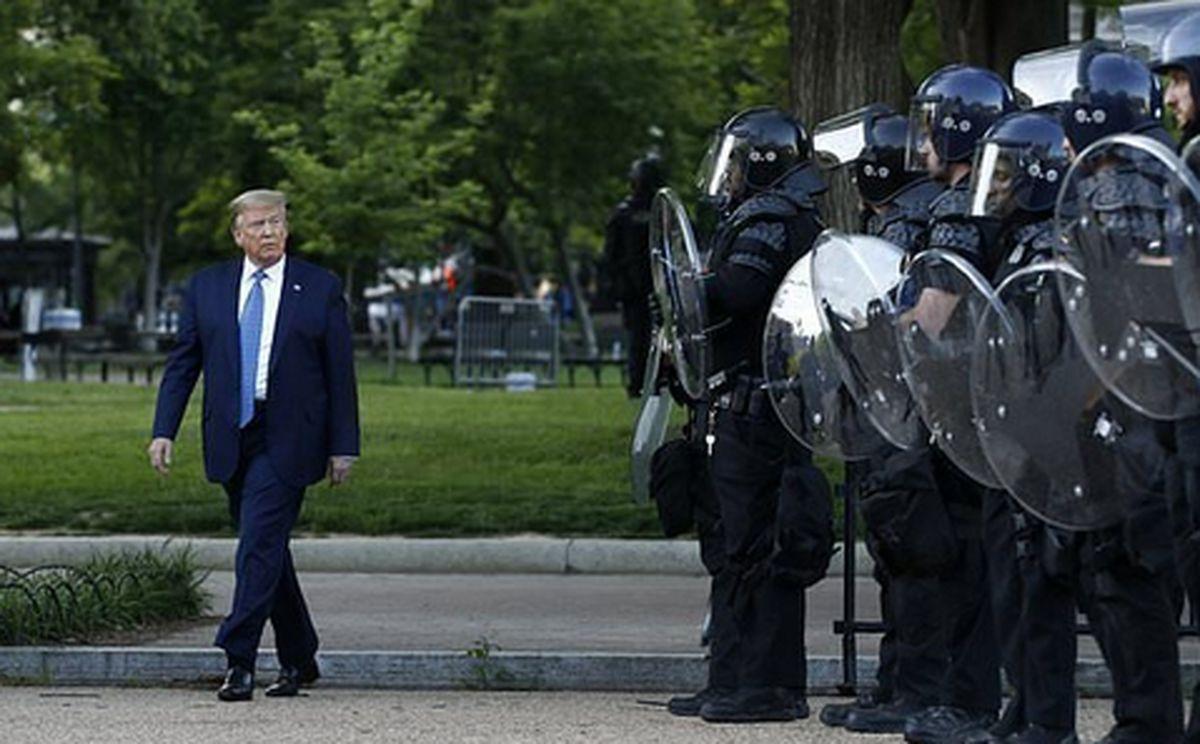 انتقال ترامپ از کاخ سفید به زندان؟