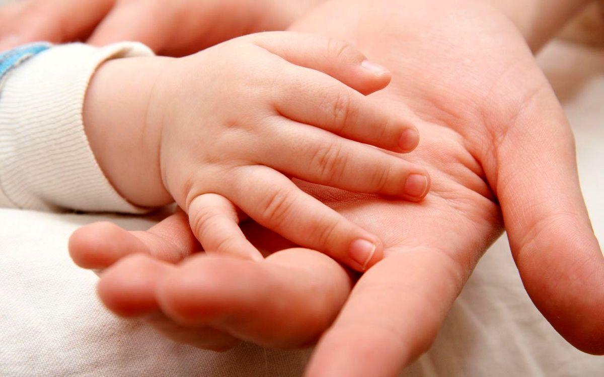 رفلاکس معده در نوزادان