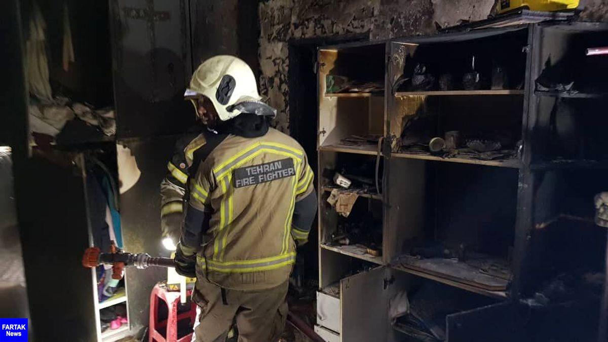 کارخانه مواد نوشیدنی در تهران طعمه آتش شد