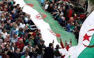 الجزایری ها با وجود شرایط نامساعد جوی به خیابانها آمدند