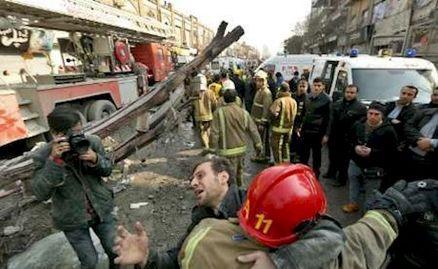 گازگرفتگی یک آتش نشان در جریان آواربرداری پلاسکو
