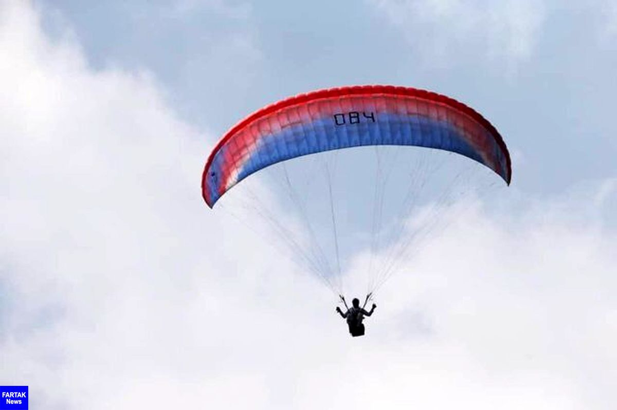 سقوط مرگبار یک چترباز در ارتفاعات مشرف به شهر لنده
