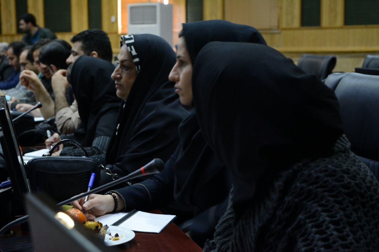 نشست مهندس مهرداد سالاری معاونت عمرانی استانداری کرمانشاه با رسانهها