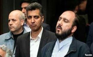حمله ملخ ها، رقص رضا کیانیان و شعار سیاسی برای فردوسیپور