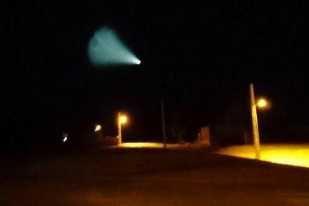 شیء نورانی عجیبی در آسمان بیدستان شاهرود مشاهده شد!
