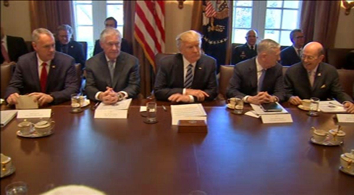 نخستین جلسه رسمی هیئت دولت ترامپ برگزار شد