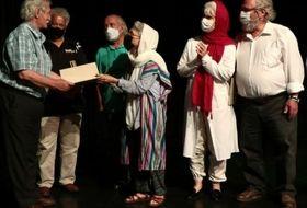 ضرورت یک سالن حرفهای تئاتر برای اجرای کودک و نوجوان بشدت احساس می شود