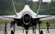 ترامپ قرارداد فروش اف-۳۵ به امارات را هم امضا کرد و رفت