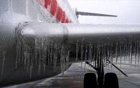 یخ زدگی هواپیما در تبریز + فیلم