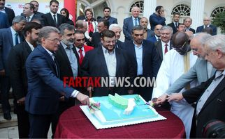 گزارش تصویری از برش کیک صلح و دوستی با حضور سفرای کشورهای خارجی مقیم تهران