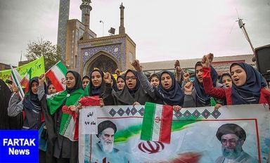 حضور پرشور مردم کرمانشاه در راهپیمایی روز دانش آموز به روایت تصویر