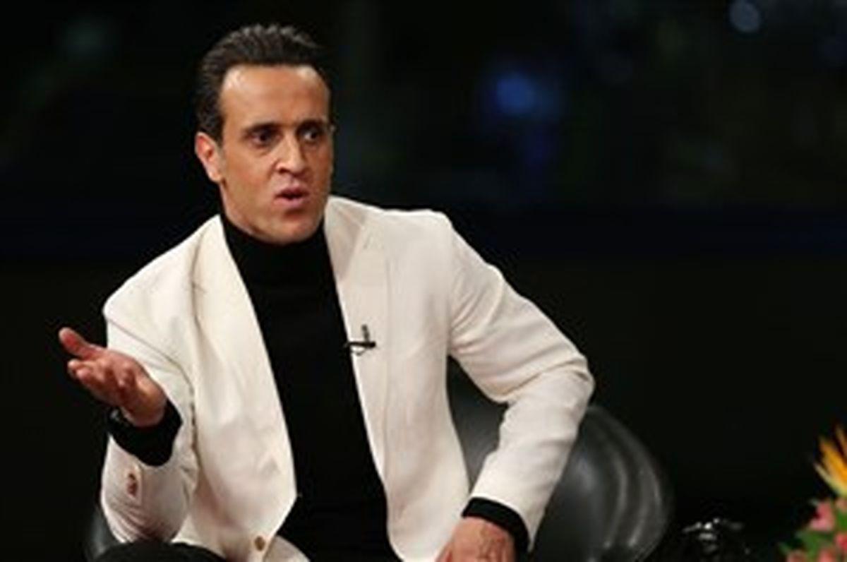 توقیف برنامه تبلیغاتی علی کریمی توسط ساترا تکذیب شد