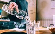 مزیتهای نوشیدن آب گرم در مقابل آب سرد