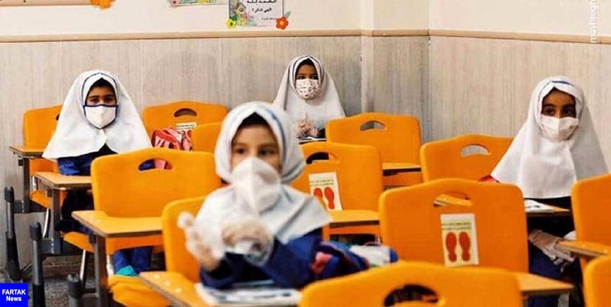 سخنگوی ستاد مقابله با کرونا استان خوزستان: مدارس از ۱۵ شهریورماه بازگشایی میشوند