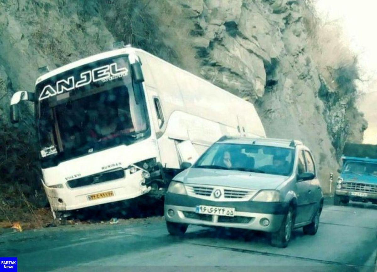 تصادف اتوبوس گردشگران در مازندران 6 زخمی برجا گذاشت