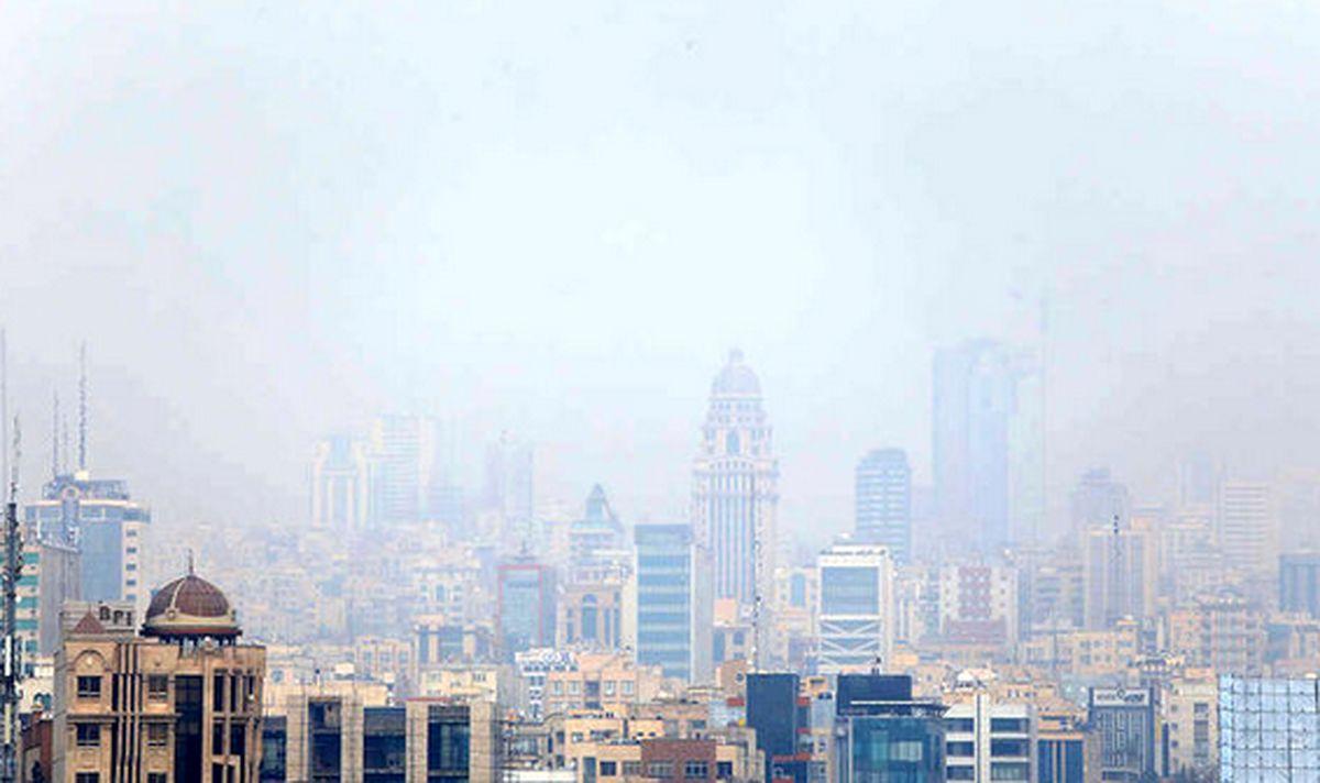 تهران همچنان آلوده