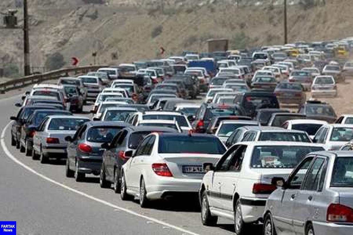 ترافیک سنگین در مسیر شمال ـ جنوب کندوان/ افزایش تردد خودروهای سنگین در جاده