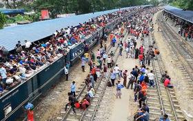 وضعیت حیرت انگیز جابجایی مسافر در بنگلادش+فیلم