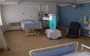 فیلم/ ضدعفونی اتاق های بیمارستان با این ربات جالب