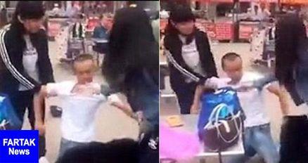 کتک خوردن مرد ۲ زنه در خیابان توسط همسرانش + عکس