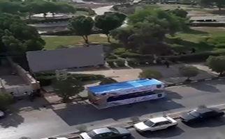 درگیری نیروهای امنیتی با تروریستها در اهواز از نمای پشت بام + فیلم
