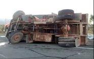 واژگونی کامیون در محور قدیم ساوه-تهران موجب مرگ راننده شد