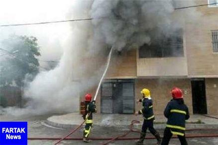 15 نفر در حریق ساختمان خیابان وحدت قزوین دچار دودزدگی شدند