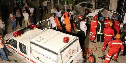 تصادف وحشتناک پژو 206 با تیرچراغ برق/ مرگ تلخ راننده جوان+ عکس