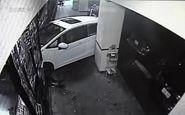 راننده ناشی شام مشتریان را زهرمار کرد