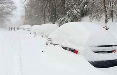 فلج شدن نیویورک در پی بارش سنگین برف + فیلم