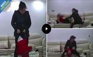 رفتار وحشتناک پرستار شیطان صفت با کودک ۱۰ ماهه! +فیلم