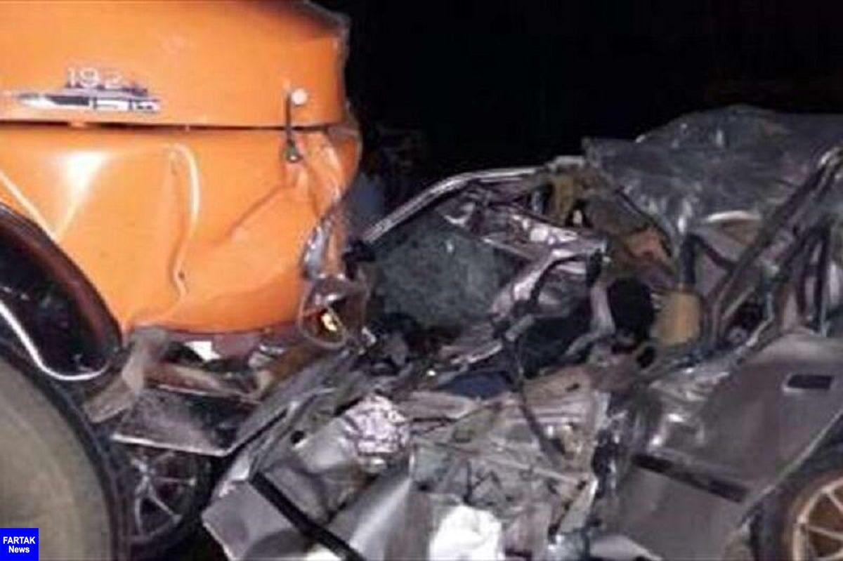 برخورد سواری و کامیون در اردستان یک کشته برجا گذاشت