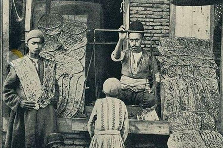 نانوایی سنگکی در تهران قدیم