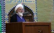 امامجمعه یزد: دلبستگی به انتخابات آمریکا سادهلوحانه است
